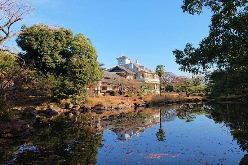 Delighting the Senses in Kuwana City with Rokkaen and Hamaguri Clams