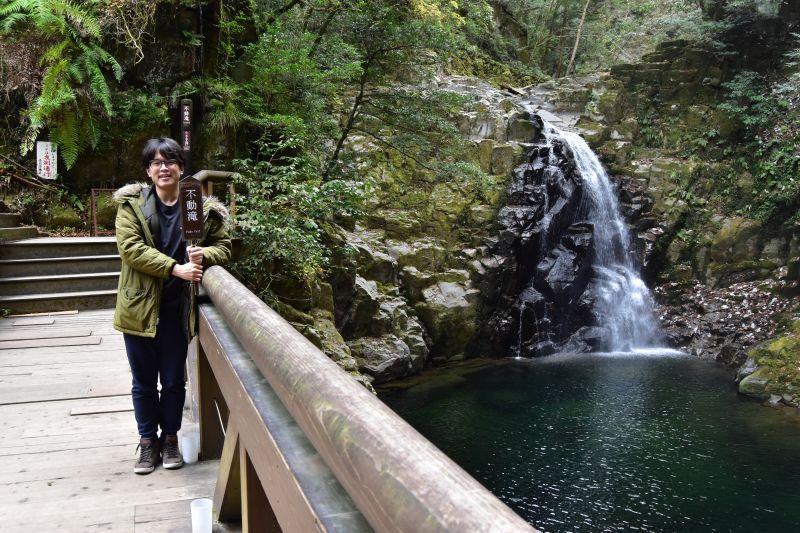 폭포소리가 들리는 숲, 아카메시주하치타키에서 체술과 인술과 재미를 수련해보자
