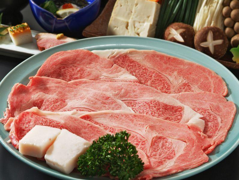 """ทานเนื้อวัวมัตสึซากะ ณ เรียวกังเก่าแก่ในย่านที่พักอย่าง """"ไทยะเรียวกัง"""""""