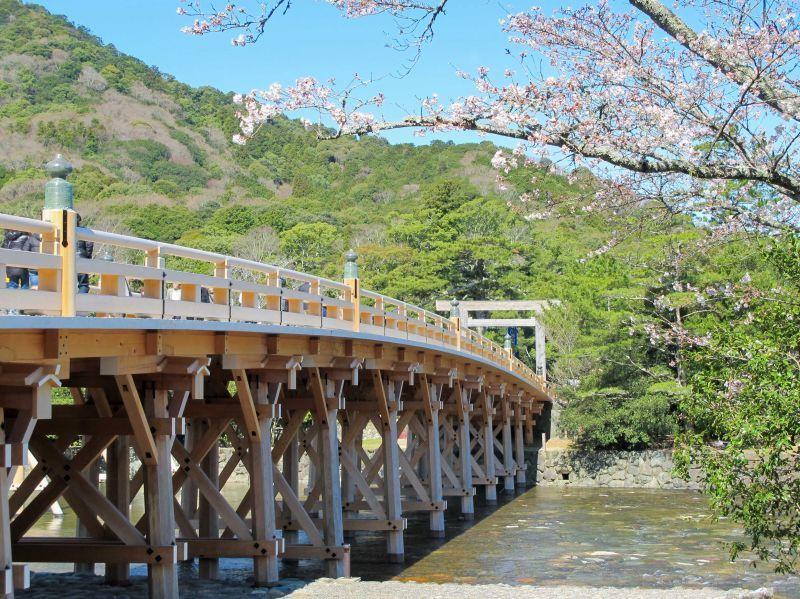 【伊勢】前往許多日本人「一輩子至少要去一次」的「伊勢神宮」。