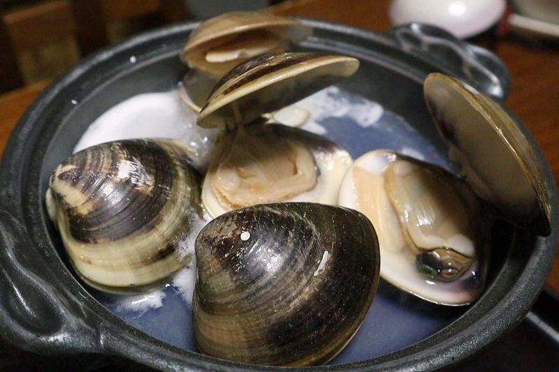 歌行燈(三重):140年歷史老店,品嚐日本高級蛤「桑名蛤」不同次元的美味。
