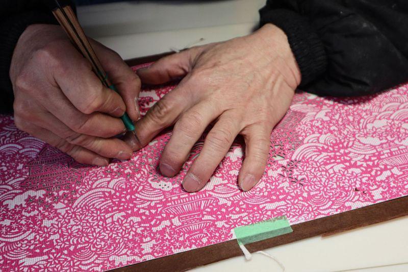 千餘年歷史的日本傳統工藝「伊勢型紙」, 讓人肅然起敬的職人精神與纖細之美。